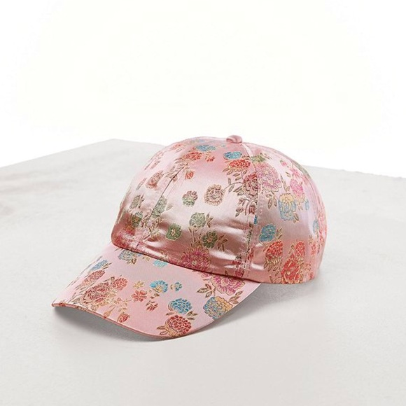 Urban Outfitters Accessories  f0d73b3a59f2